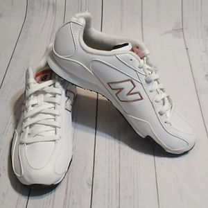New Balance Women's 442 Shoes size 8 white